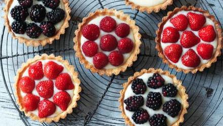 fuss free tarts.